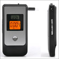 Professional-Alcohol-Breath-Analyser-PAT-140
